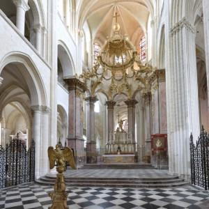 L'architecture de l'Abbatiale : du roman au gothique
